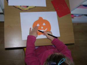micasa_montessori_pre-school_halloween_language2