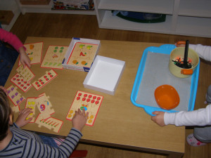 micasa_montessori_pre-school_halloween_language3