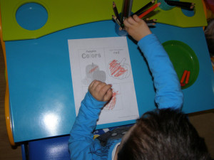 micasa_montessori_pre-school_halloween_sensorial_09