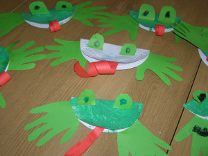 frogs-life-cycle-micasa-montessori-02